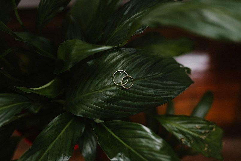 Alianzas boda en Bilbao Sara y Jamie Berezi Moments wedding planner
