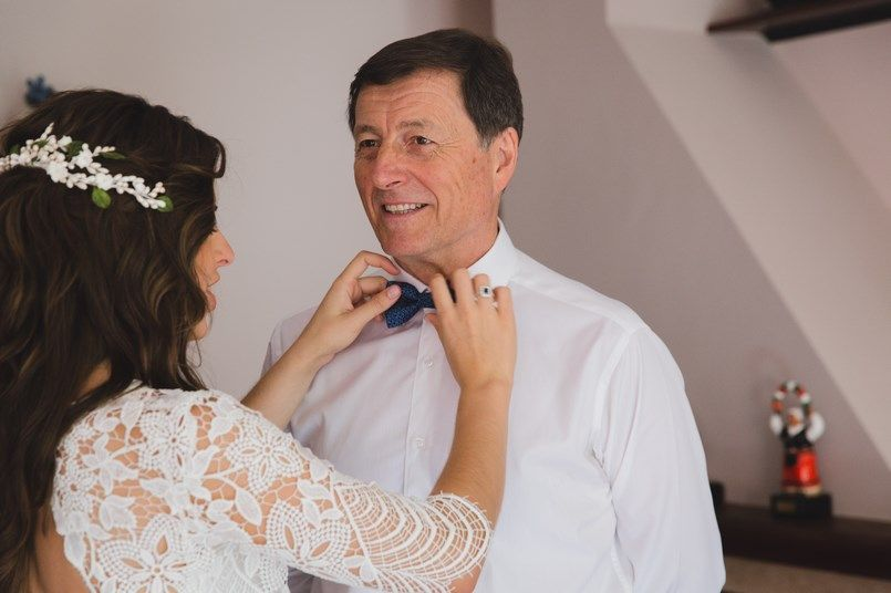 La novia y el padrino Boda Iratxe y David en Bilbao Foto María Izkue Berezi Moments wedding planner
