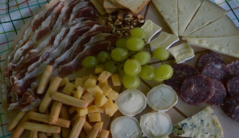 Tabla de ibéricos y quesos