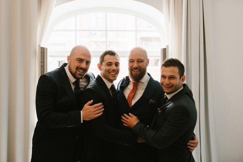 Preparativos del novio boda en Bilbao Sara y Jamie Berezi Moments wedding planner