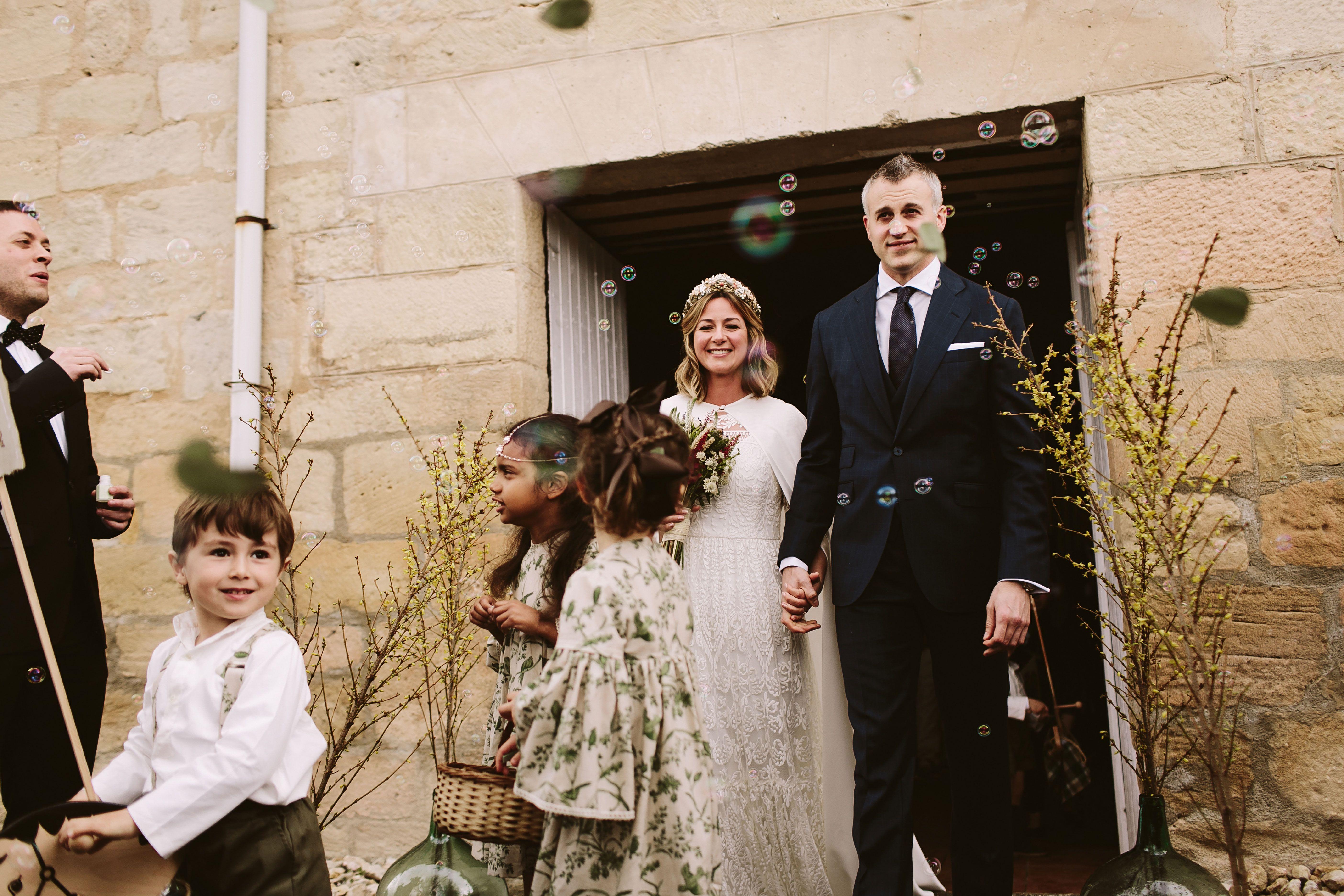 Bereziboda Ide y Rubén Berezi Moments Salida de los Novios Alicia Rueda Atelier Scalpers Company, Monasterio del Espino