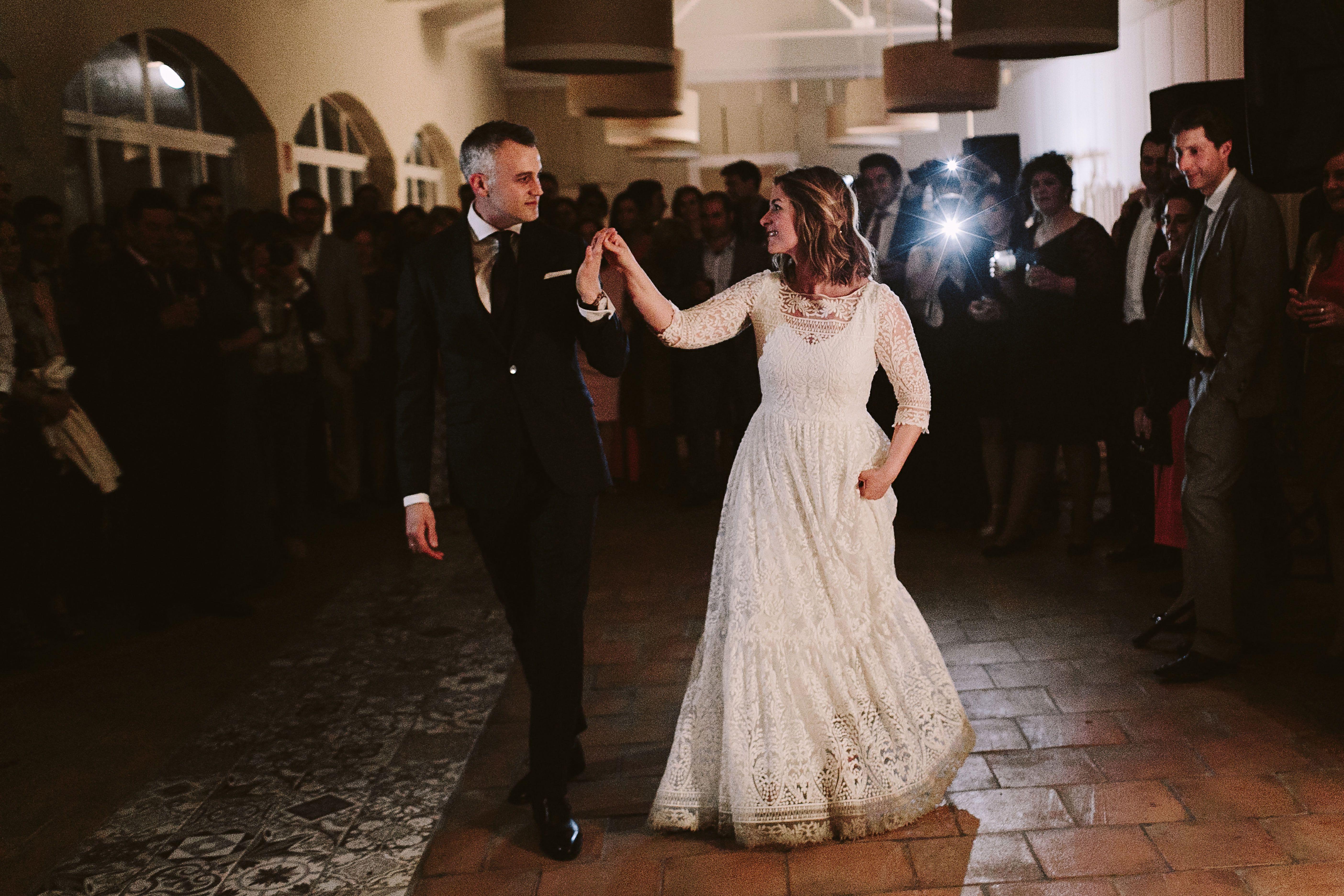 Bereziboda Ide y Rubén Berezi Moments Baile Novios Alicia Rueda Atelier Scalpers Company, Monasterio del Espino